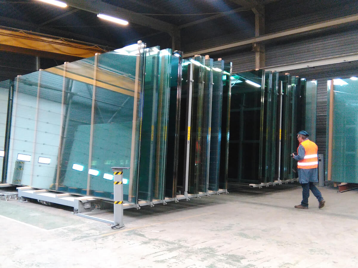 2x jumbo glass size automatic storage systems in parallel